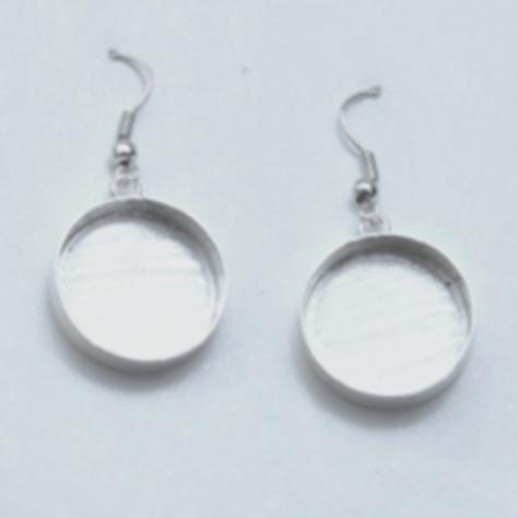 Deep Well Circle Dangle Earrings 19 x 4mm
